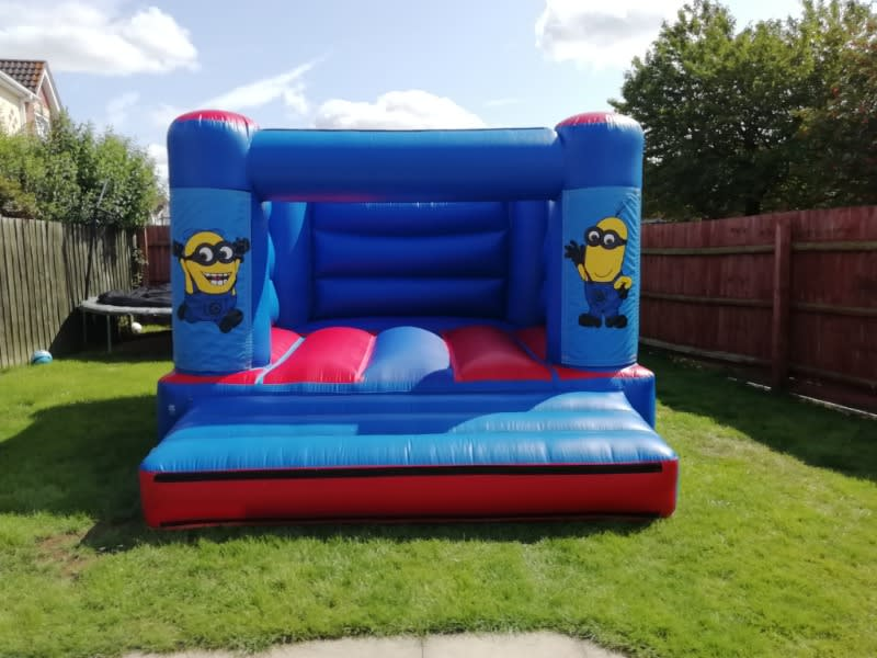 Minion bouncy castle hire in Spalding