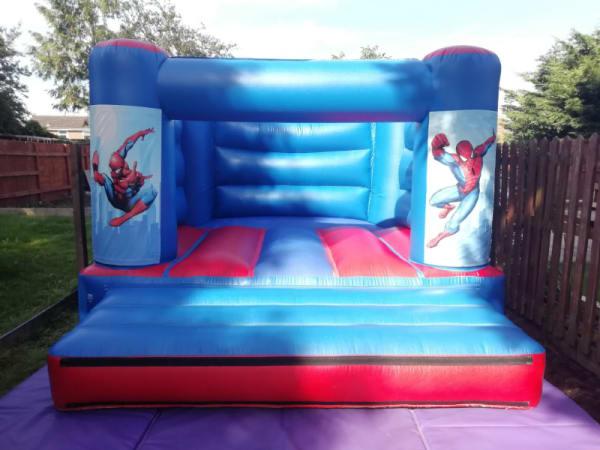 Cheap bouncy castle hire in Spalding