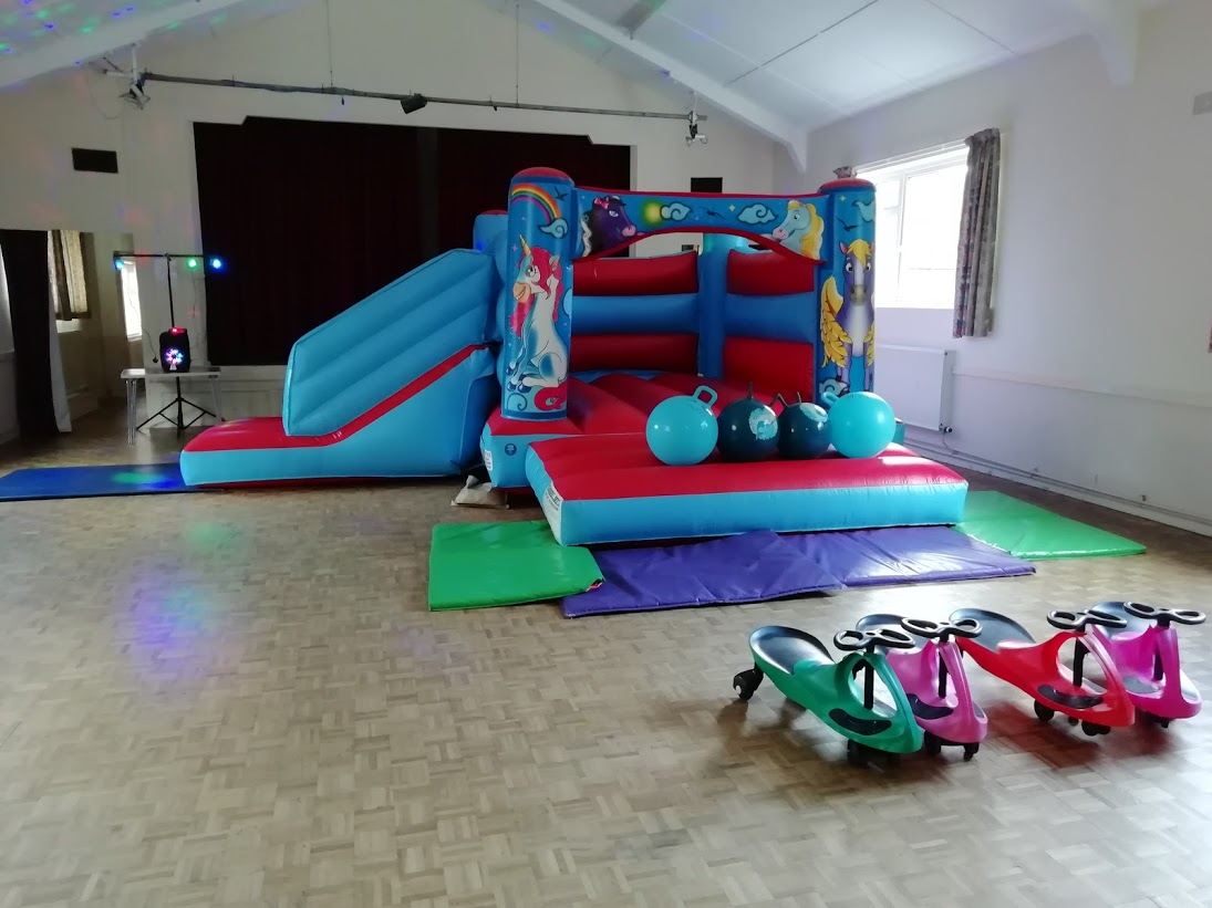 Ultimate Bouncy Castle Party In Spalding